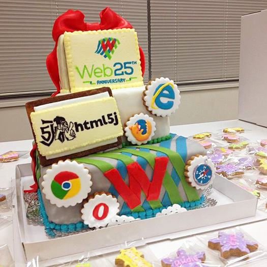 web25周年記念ケーキ